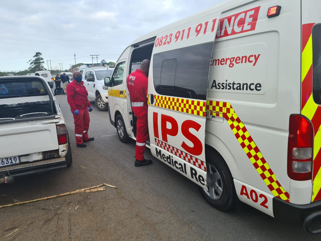 KZN taxi boss gunned down, pupils wounded in shooting